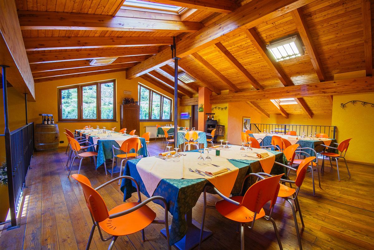 sala-RISTORANTE-Camping-Gran-Bosco